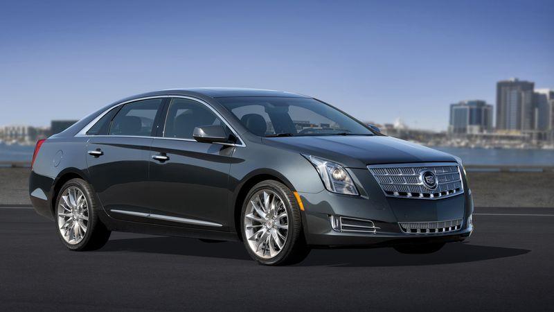 2013-Cadillac-XTS-008