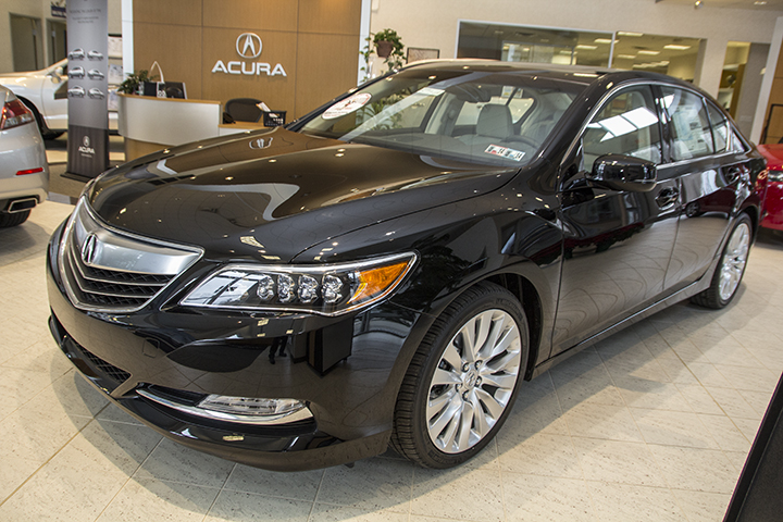 2014 Acura RLX near Pittsburgh PA