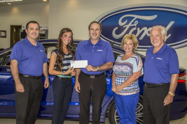 Students Receive Bud Smail Sr Memorial Scholarship